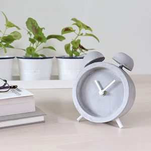 Minimalist Desk Clocks Feature